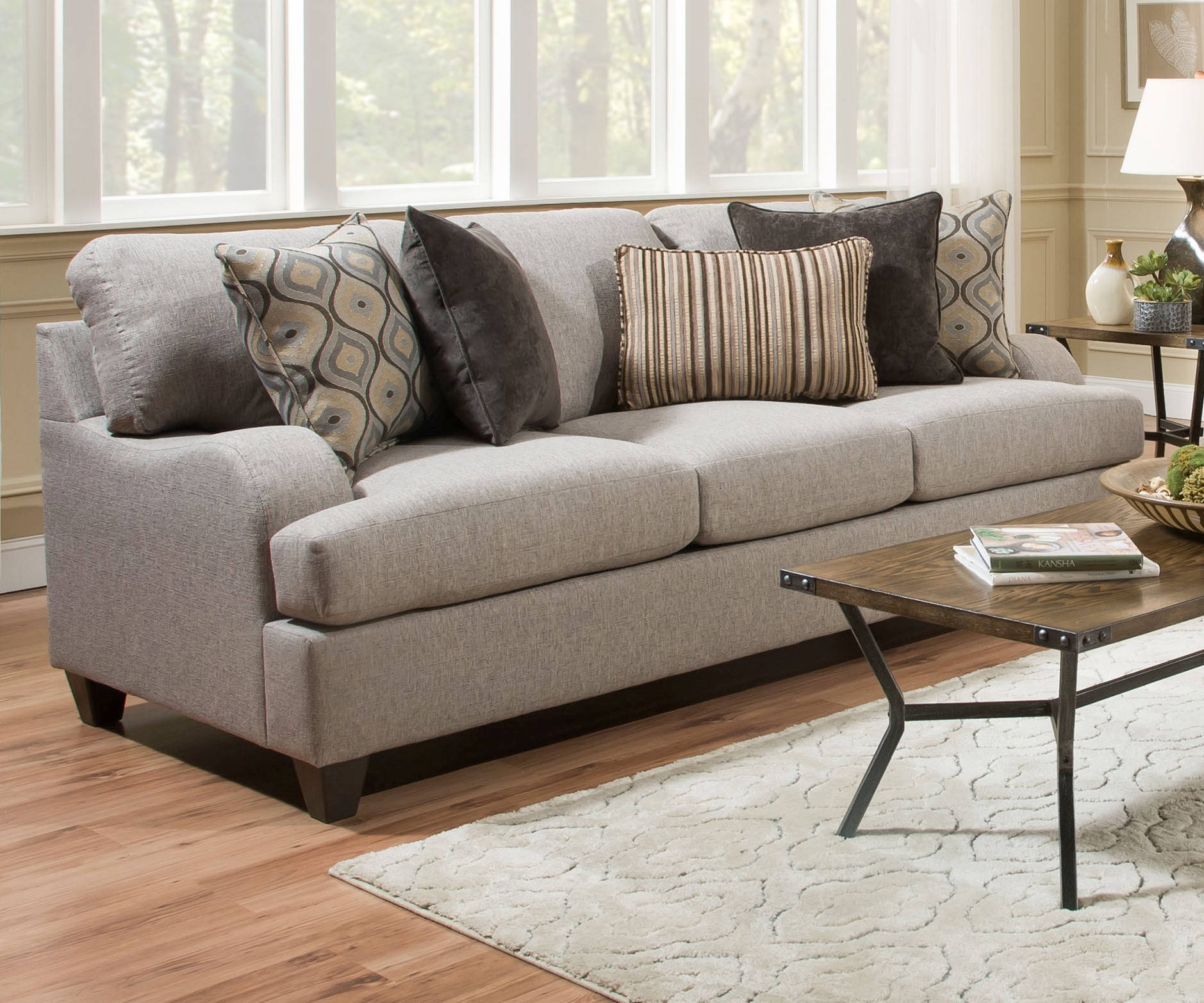 United Furniture Simmons Lennox Sterling Queen Sleeper Sofa The