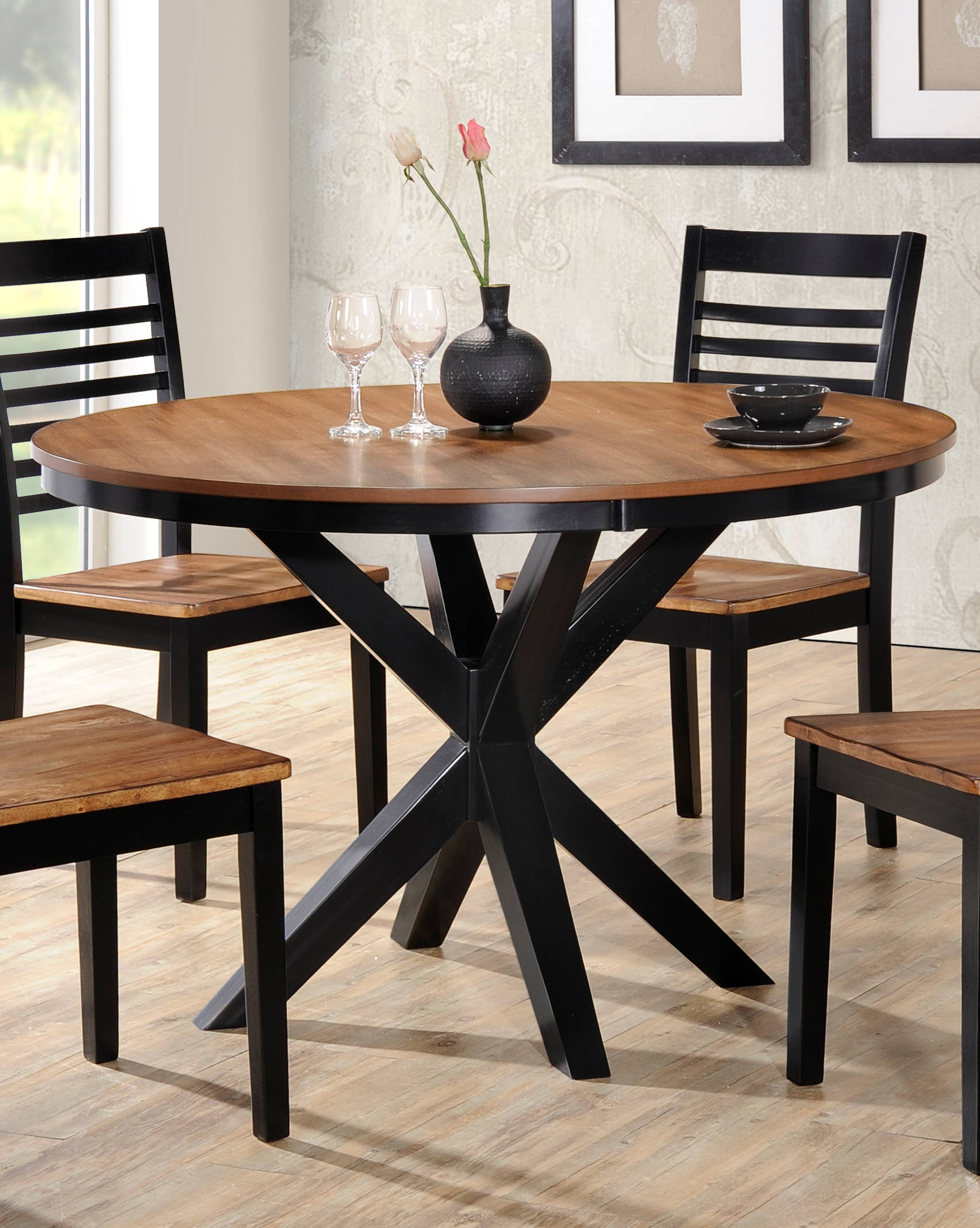 United Furniture Phoenix Light Oak 48 Inch Dining Table Click To Enlarge
