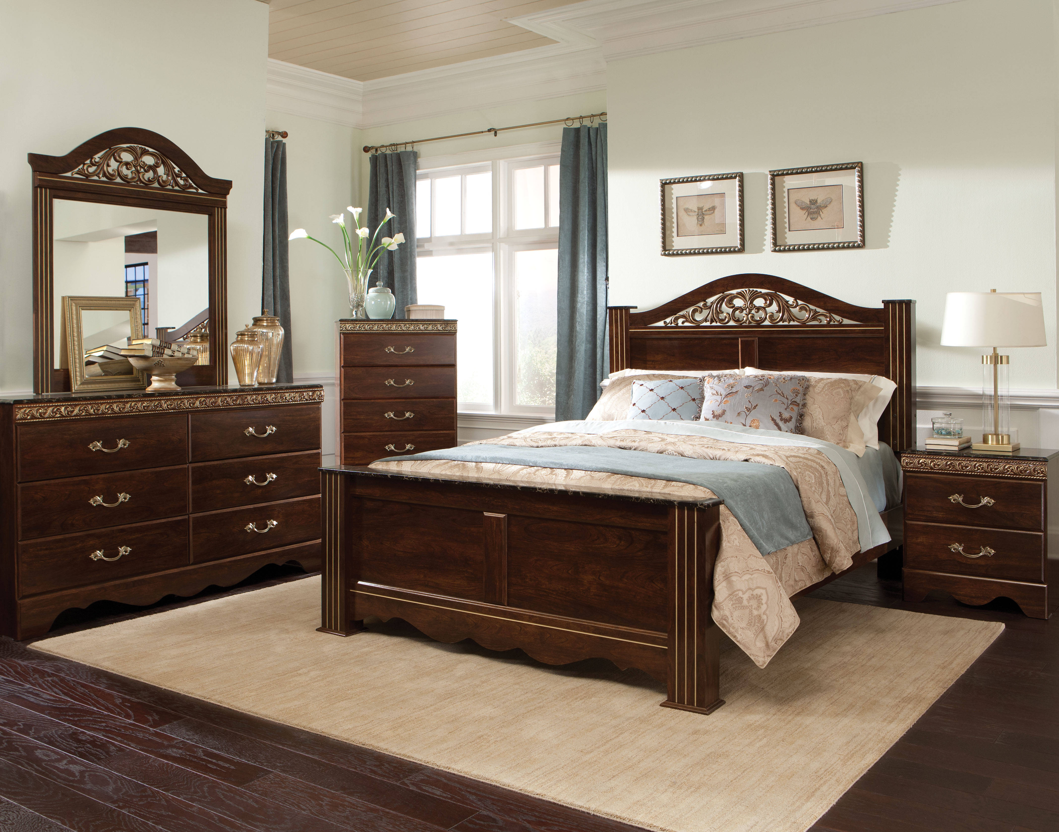 Odessa Brown Cherry Wood 5pc Bedroom Set W Full Queen Poster Bed The Classy Home