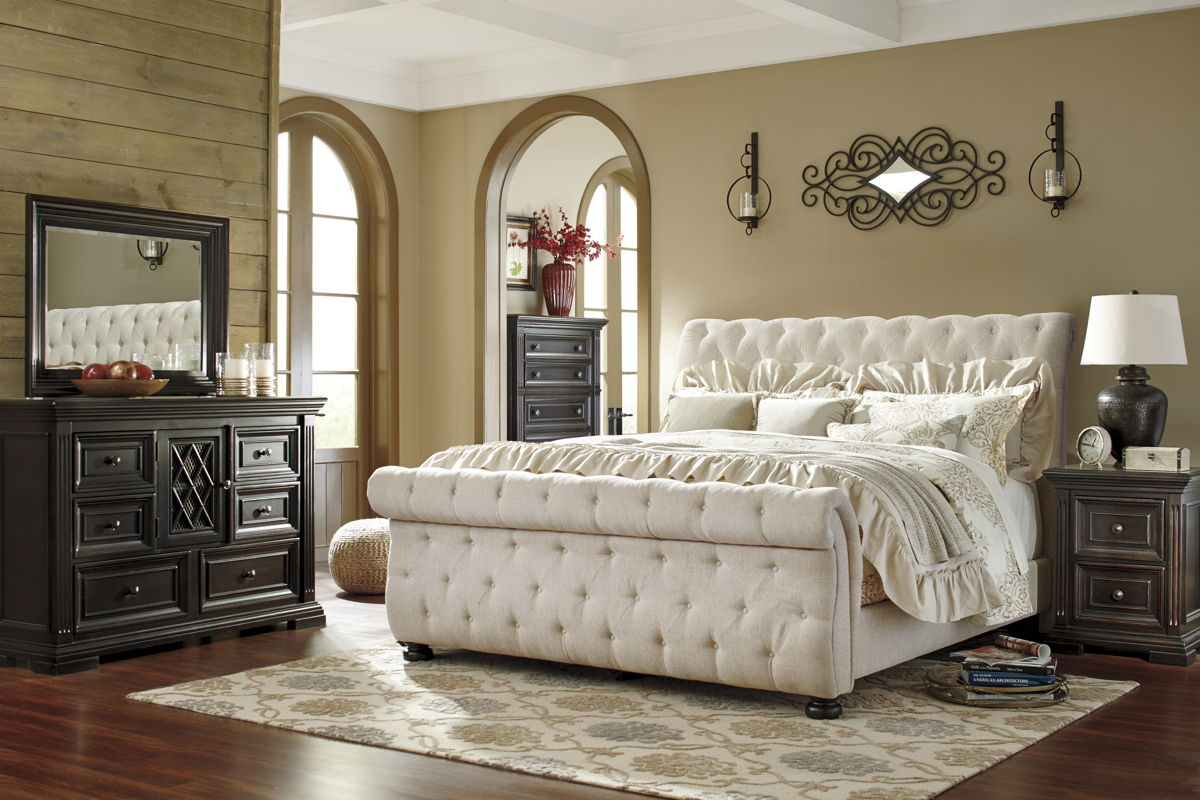 Willenburg Dark Brown Fabric Solid Wood 5pc Bedroom Set W/Cal King Bed B643-BR-S6