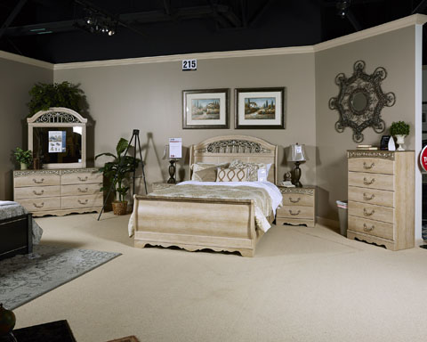 Catalina Elegant Antique White Wood 2pc Bedroom Set W/Queen Sleigh ...
