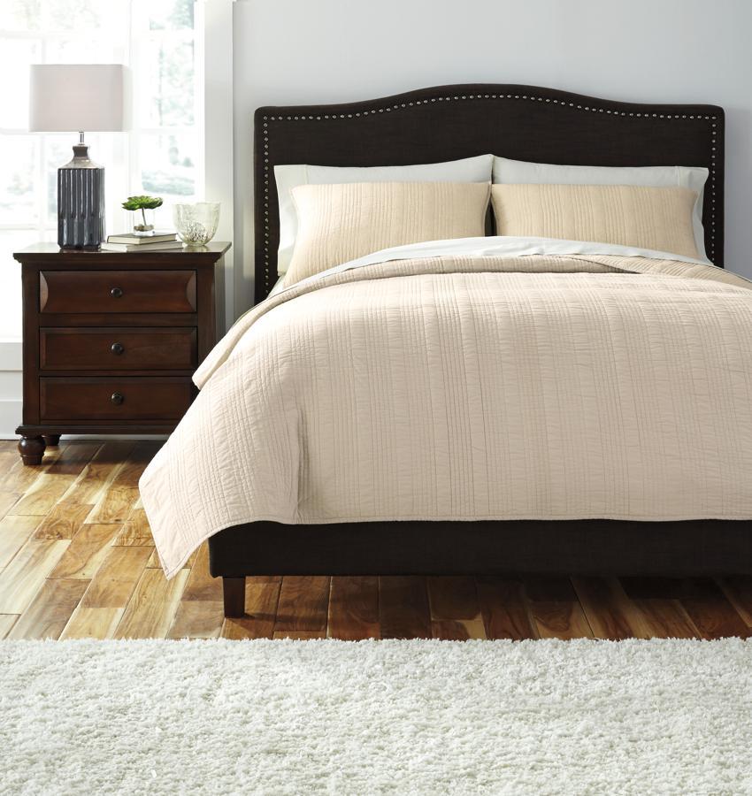Comforter Sets Queen Ashley: Ashley Furniture Coverlet Queen Comforter Set
