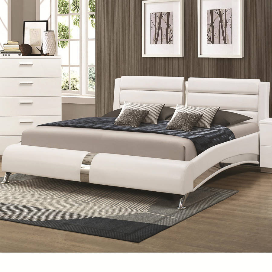 Coaster furniture felicity glossy white wood king bed - Contemporary king bedroom furniture ...