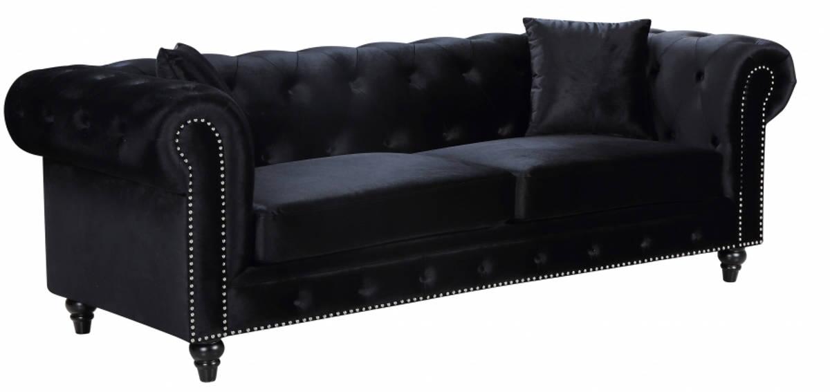 Meridian Furniture Chesterfield Black
