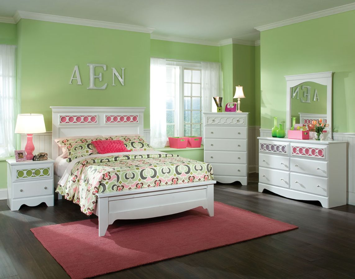 My Room Feminine Snow White 5 Pc Bedroom Set W/Lavender Full Daybed | The  Classy Home